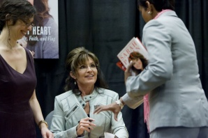 Sarah at Phoenix book signing