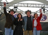 Sarah Palin and Ted Nugent in Group Photo at Raese Rally