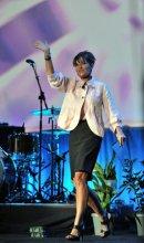 Sarah walks on stage at Gwinnett Arena Event 07-29-10