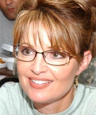 498px-Palin_Kuwait_green_tshirt