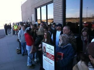 Line outside Dillons in Andover KS for Book Sigining