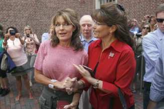 Sarah Palin, Cecilia Thompson, Chuck Heath