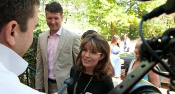 Sarah and Todd at WHCD Brunch - Sarah talks to Politico