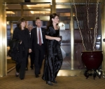 Sarah arriving at Alfalfa Dinner in DC 2009