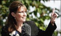 Sarah at Farewell Address - Closeup - Pointing