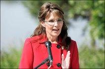 Sarah at Resignation Speech - gesturing