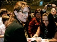Sarah Greets Supporters Before Indiana Speech