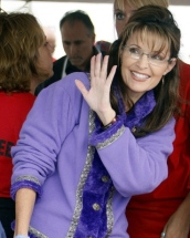 Sarah in purple waving at Governors Picnic