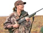 Sarah-Palin-hunting- - ready to shoot