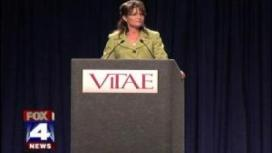 Sarah Speaking at Vitae Foundation in Kansas City