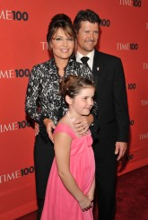 Todd Sarah and Piper pose together at Time 100 gala 2010