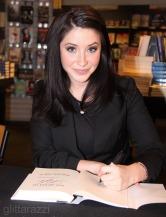 Closeup of Bristol at her Washington DC book signing