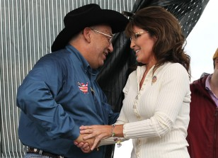 Sarah greets Ken Crow at Iowa Tea Party rally