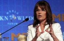 Sarah in South Korea - gesturing as she speaks - Oct 10 2011