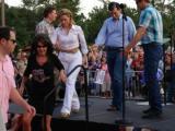 Sarah leaves stage at Ted Cruz rally