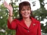 Sarah waves at Tea Party rally NH