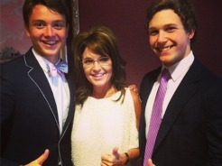 Sarah poses with two young supporters at 2013 Kentucky Derby